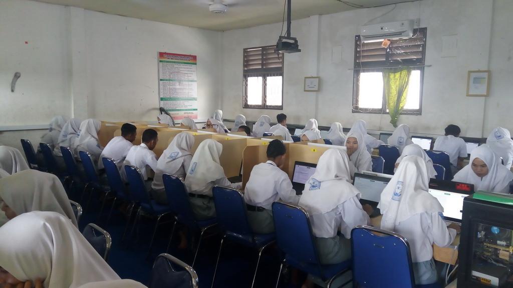 Pelaksanaan UNBK 2019 Di SMK Bina Banua Banjarmasin Berlangsung Lancar