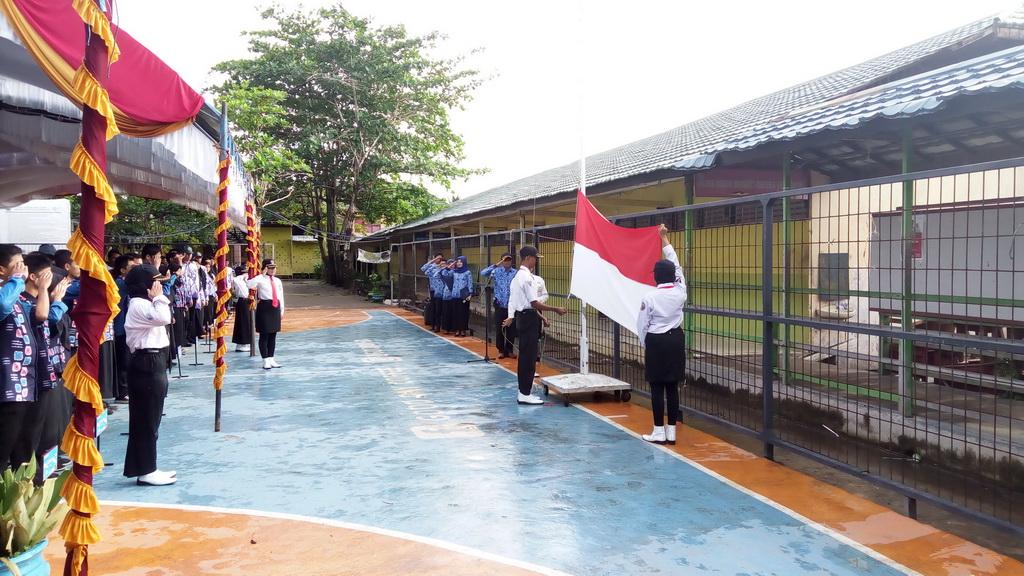 Peringatan Hardiknas Tahun 2019 Di SMK Bina Banua Banjarmasin