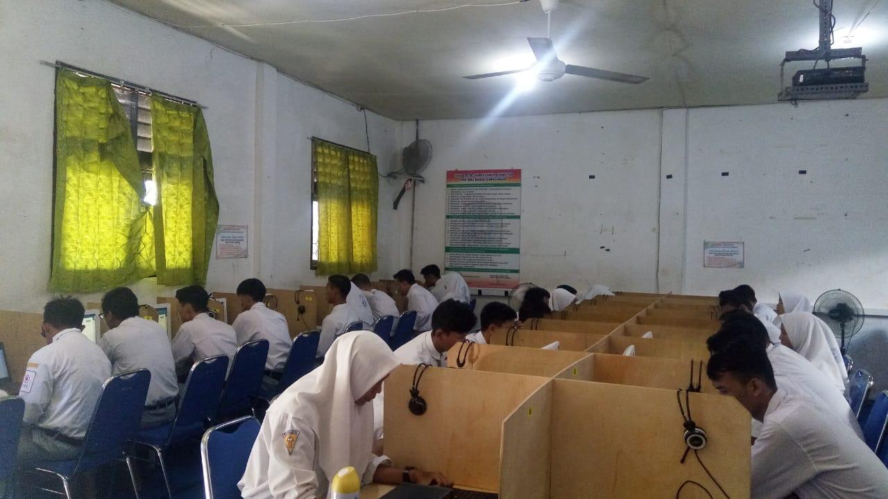 Pelaksanaan UNBK 2020 Di SMK Bina Banua Banjarmasin